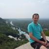 алексей, 38, г.Артемовск