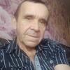 Анатолий, 60, г.Белово