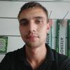 Олег, 25, г.Канев